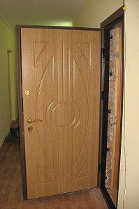 Что нужно учитывать при выборе входных стальных дверей?