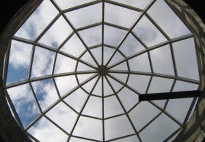 Конструкционные особенности зенитных окон