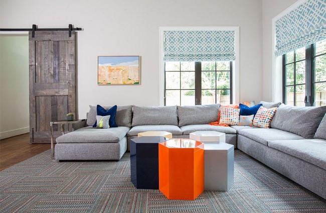 Раздвижные двери в интерьере дома и квартиры: 25 стильных фото