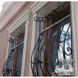 Решетки на окна: практичность и красота!