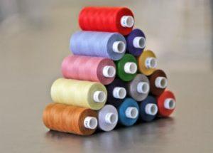 Выбор ниток для швейной машинки